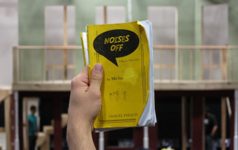 Behind the Scenes of NOISES OFF