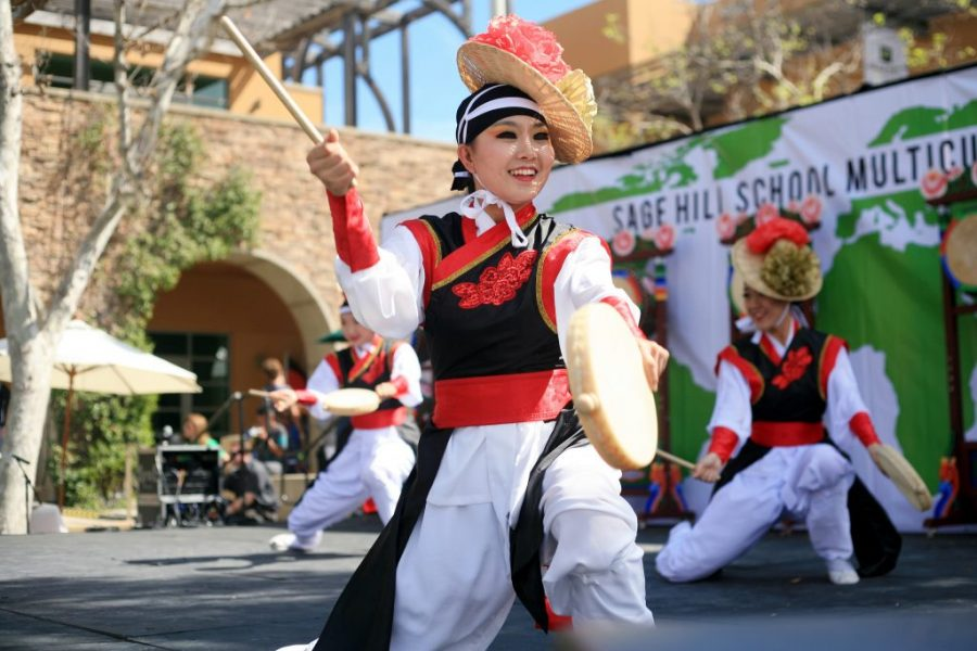 KAYPA+%28Korean+American+Youth+Performing+Artists%29+perform+a+Korean+traditional+drum+dance+at+the+Multicultural+Fair