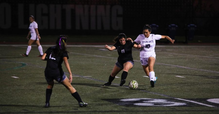 Girls' Soccer Looks Toward Playoffs